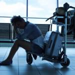 Jak przetrwać długi lot i nie zwariować – 10 dobrych rad