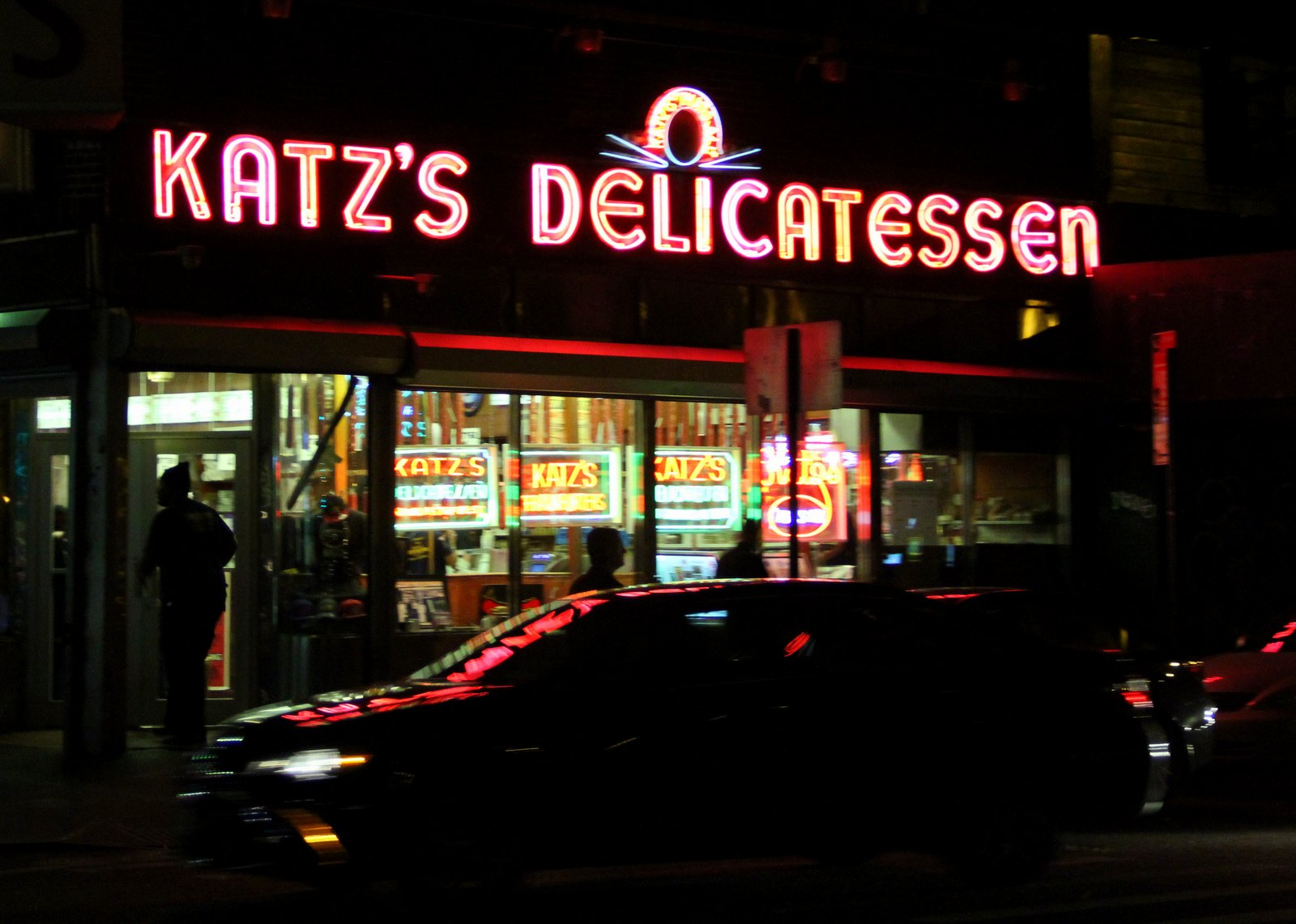 KATZS_DELICATESSEN_PASTRAMI_NEW_YORK_PHOTO_3470