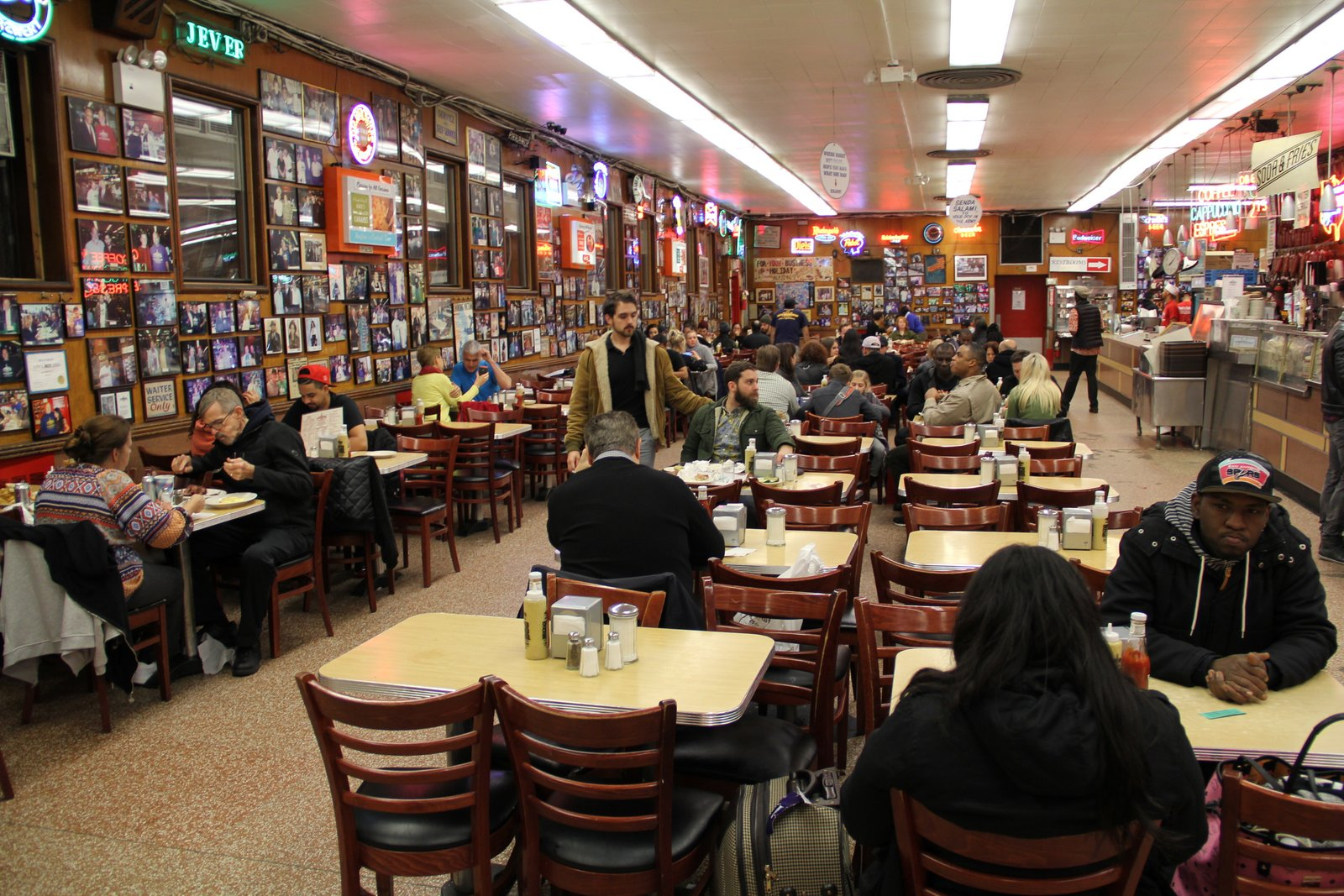 KATZS_DELICATESSEN_PASTRAMI_NEW_YORK_PHOTO_3475