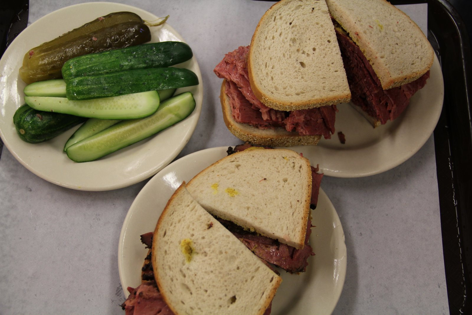 KATZS_DELICATESSEN_PASTRAMI_NEW_YORK_PHOTO_3483