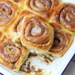 Cinnabons, czyli bułeczki cynamonowe – przepis