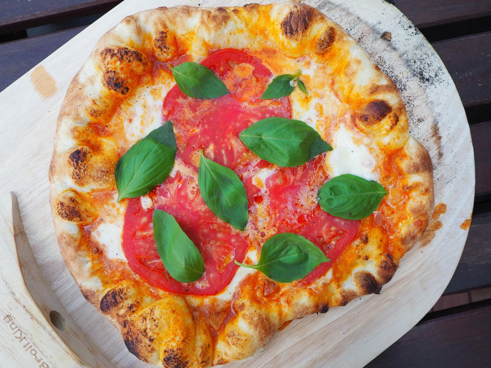 pizza z grilla przepis