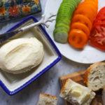 Jak w domu zrobić masło? To tylko 5 minut, a smaku nie da się porównać z niczym!