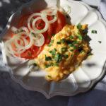 Najlepsza jajecznica – te same składniki, inna technika i wychodzi cudo!