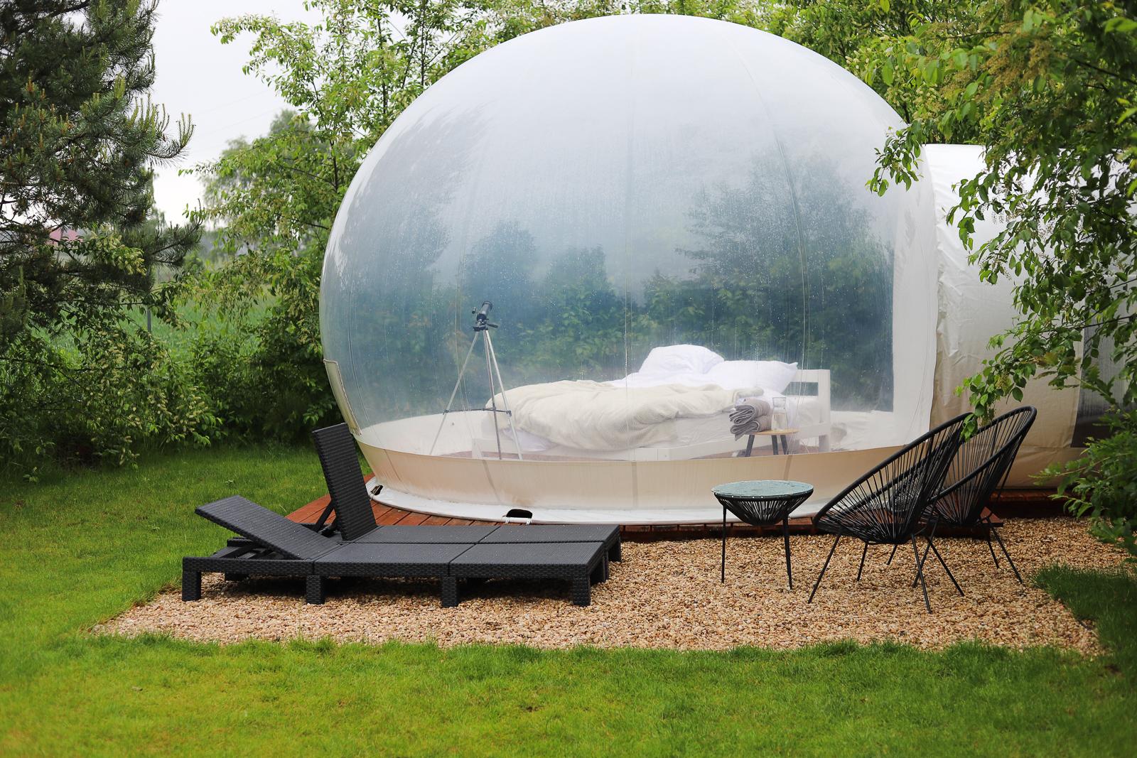 w bańce namiot